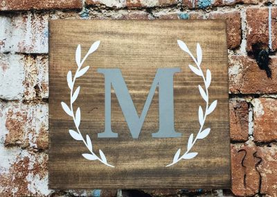 Small Sign laurel monogram