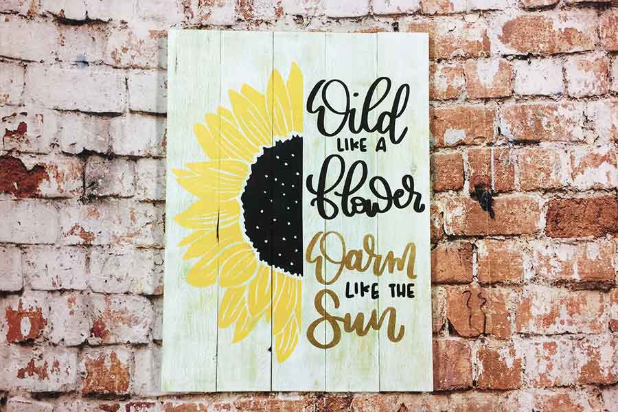 wood sign painting classes in Traverse City