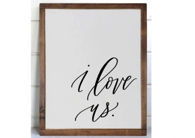 I love us medium sign